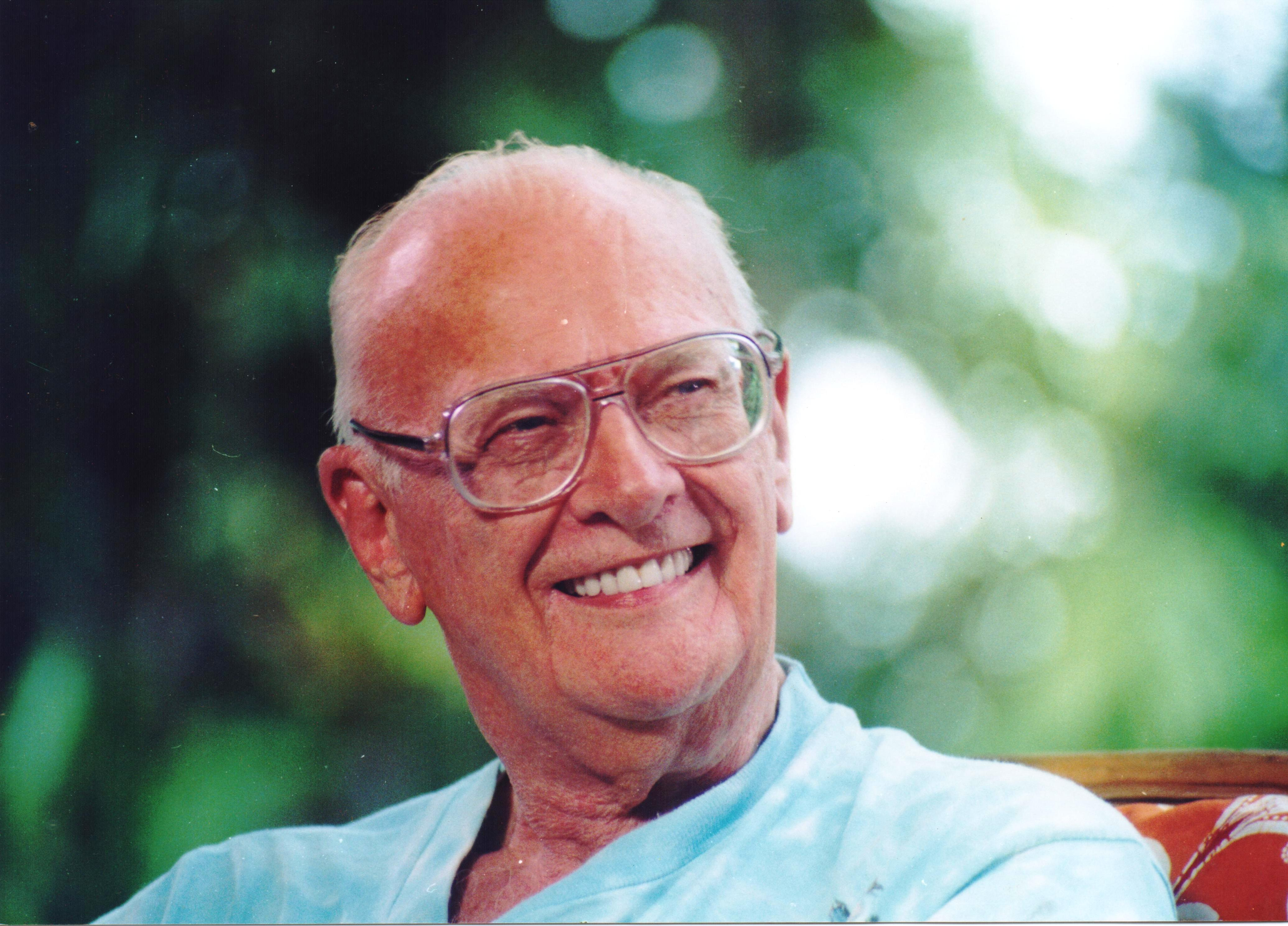 Arthur C Clarke (1917-2008) in a relaxed mood at his Colombo home, circa 2001