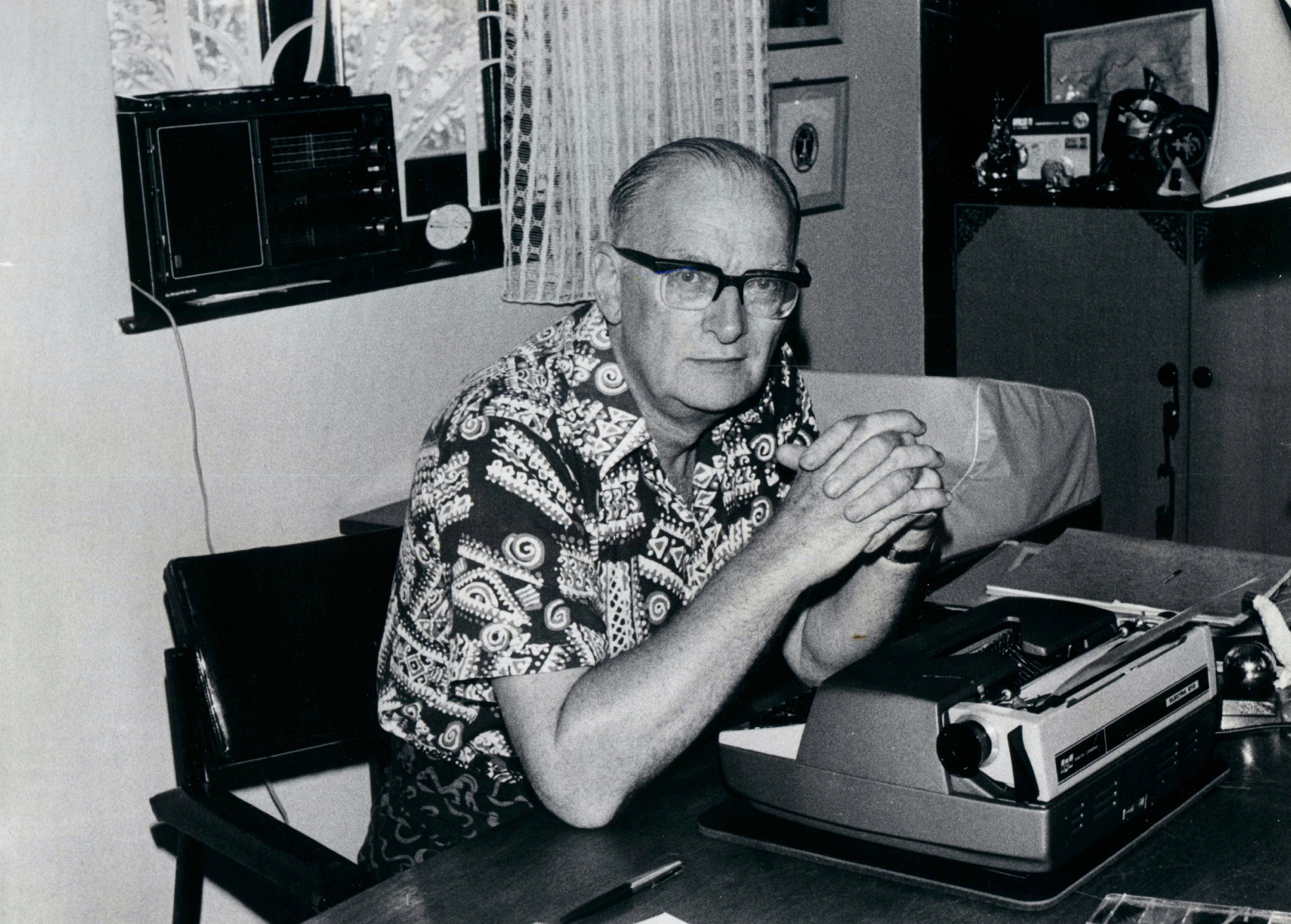 Author with his tool - Arthur C Clarke with his electric typewriter at his Colombo home, circa 1975