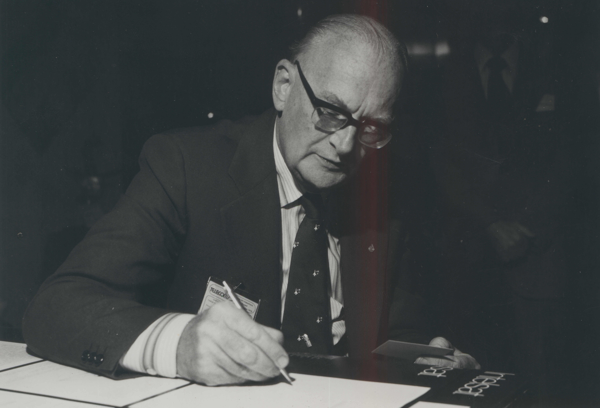 Science fiction writer Arthur C Clarke at a book signing circa 1992